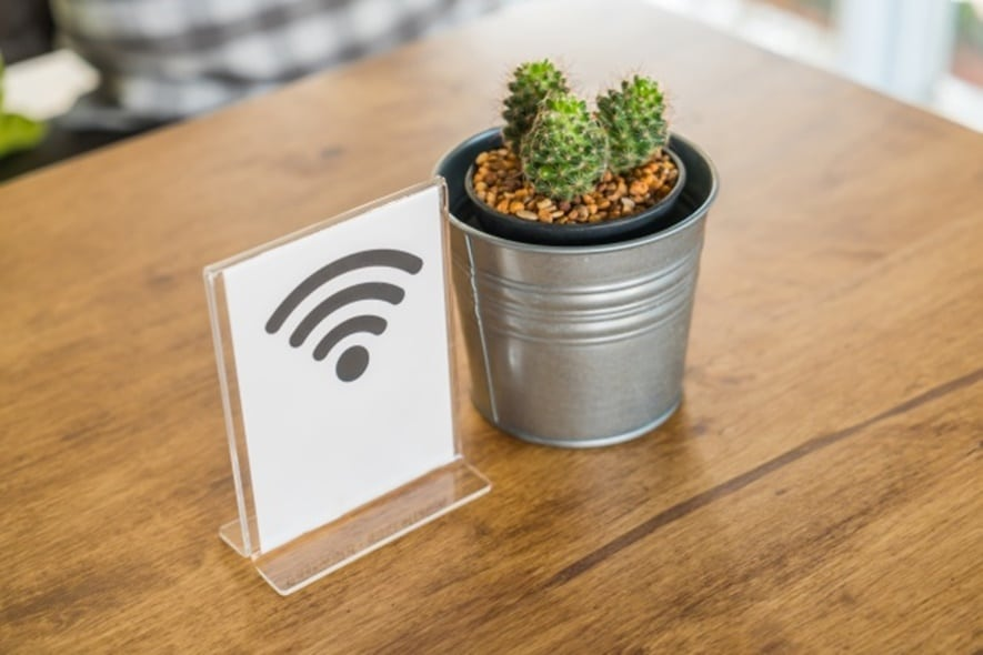 Avoid using unsecure wifi connections