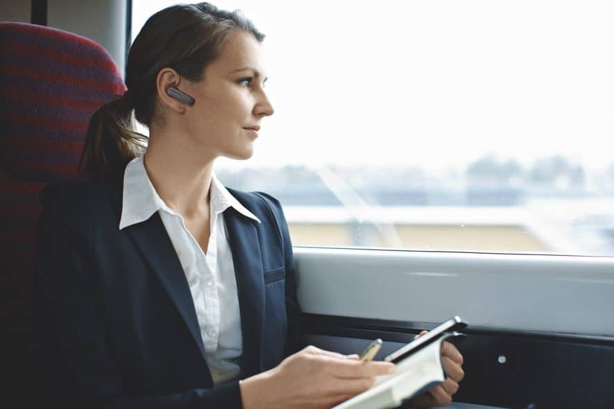 Jabra_train_commuting